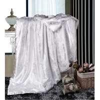 Одеяло шелковое (шелкопряд) жаккард  всесезонное  Retrouyt